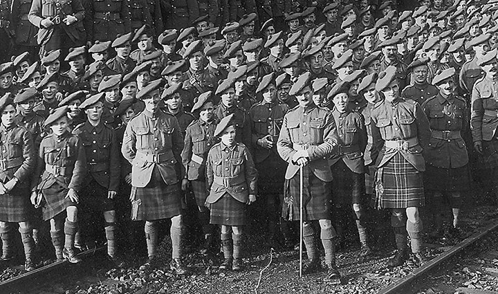 The 1st Battalion at Roisdorf on 23 November 1918. A number of soldiers in the first row appear to be young boys.