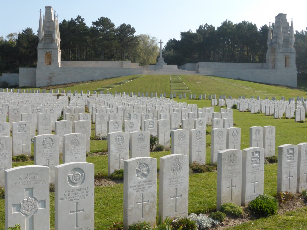 Rows of headstones in Etaples MIlitary Cemetery, France.