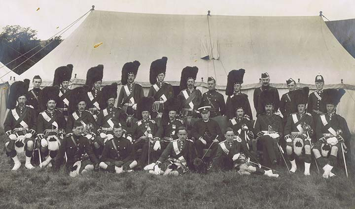 Officers of the 5th Black Watch at Monzie Camp, August 1914.